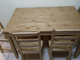 Table And Chairs for Sale in West Jordan,  UT
