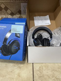 Playstation - Gaming Headset - HyperX for Sale in Fowler,  CA