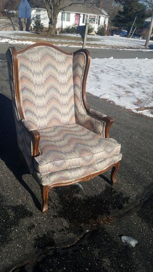 Antique Ethan Allen wingback chair for Sale in Danvers, MA