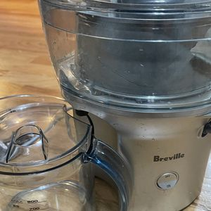 BJE200XL Breville Juice Fountain for Sale in Chicago, IL