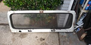 Jeep wrangler windshield frame and winshield for Sale in Trinity, FL