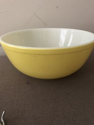 Pyrex Large Mixing Bowl for Sale in Washington, DC