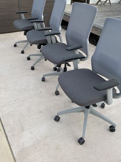 (4) Highend office chairs for Sale in Huntington Beach,  CA