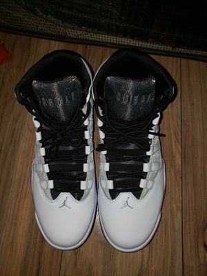 Jordan max aura size 10 1/12 for Sale in Denver, CO