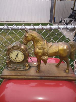 Antique clock and horse for Sale in Chicago, IL