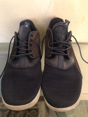 Man shoes size 11/1/2 good condition $20 Jordan for Sale in Spring Valley, CA