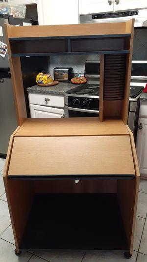 Computer desk for Sale in Kenner, LA