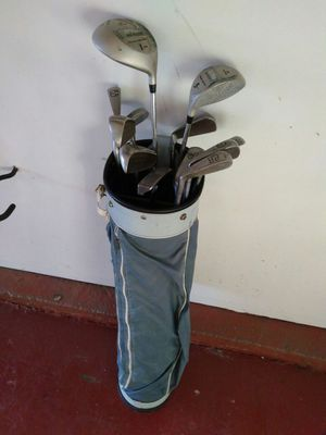 Golf clubs with the bag for Sale in Baltimore, MD