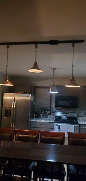 Barra de lamparas for Sale in Bridgeview, IL