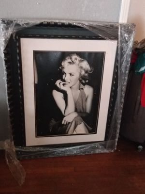 Marilyn Monroe picture with frame 3 ft x 4 ft for Sale in San Antonio, TX