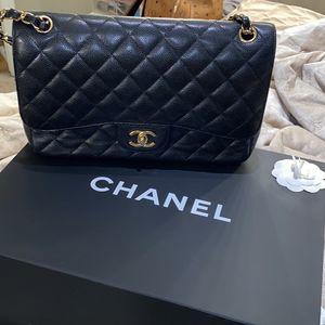 Chanel Jumbo Flap Bag for Sale in Arlington, VA