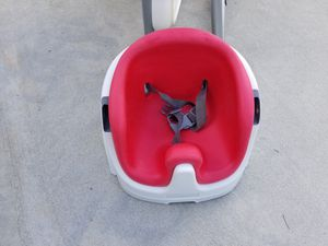 High Chair and Booster Seat for Sale for Sale in Fountain Inn, SC