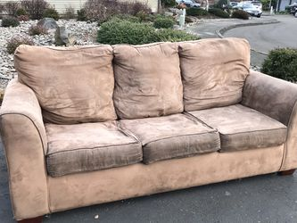 Beautiful sofa. Pick up for free for Sale in Tigard,  OR