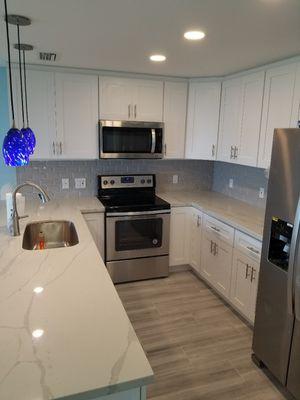 Kitchen Cabinets for Sale in Pompano Beach, FL