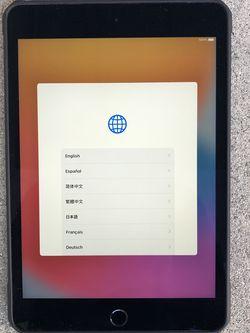 iPad mini 5 64 gig for Sale in La Verne,  CA