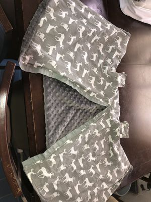 Warm Car seat cover for Sale in Marysville, WA