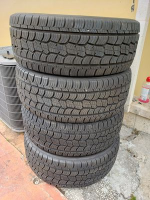 Chevy tires for Sale in Hialeah, FL