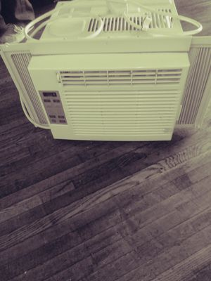 Air conditioner for Sale in Columbus, OH