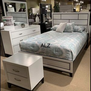 New 4 Piece Panel Bedroom Set, Delivery And Financing Available 💁♀️Best Offer 💁♀️- $39 Down 👍👍 for Sale in Houston, TX