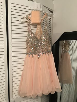 Dancing Queen brand Short Peach Formal Dress w/ Jewel Embellishments for Sale in Gresham, OR