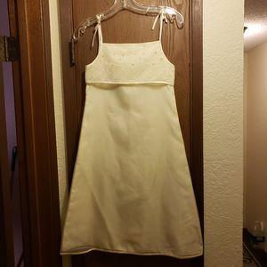 Marzanna Cudnik 100% silk flower girl dress for Sale in Kirkland, WA