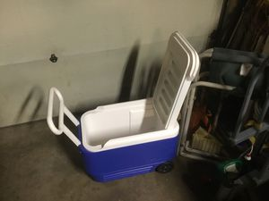 Igloo cooler for Sale in Vancouver, WA