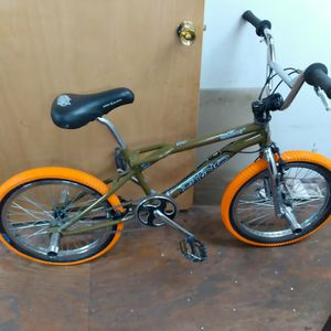 99 Dyno Detour Bmx Freestyle for Sale in Manchester, NH