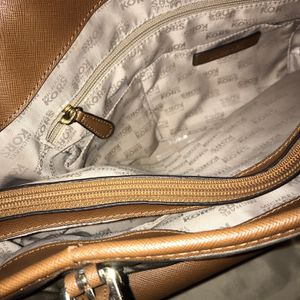 Michael Kors Purse & Wallet for Sale in Cayce, SC