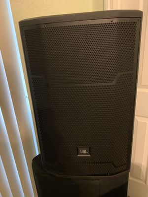 Like new JBL PRX715 speakers with stands and covers for Sale in TEMPLE TERR, FL