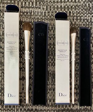 Dior - makeup brush set for Sale in Bailey's Crossroads, VA