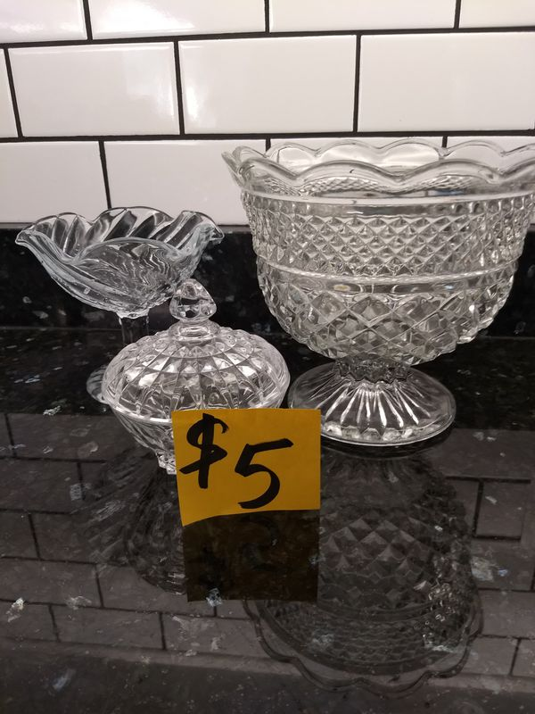 Miscellaneous kitchen serving dishes chafing-dish cut glass Crock-Pot