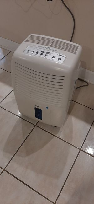 Haier DEHUMIDIFIER...Model DE45EM.. not negotiable ...age unknown for Sale in Bloomingdale, IL