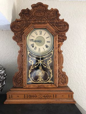 Antique working clock for Sale in Miami, FL