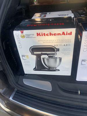 Kitchen Aid Mixer Brand New for Sale in Grand Prairie, TX
