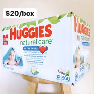 Huggies Refreshing Clean Scented Baby Care Box (10 packs of 56ct, 560 Count Total) for Sale in Fullerton, CA