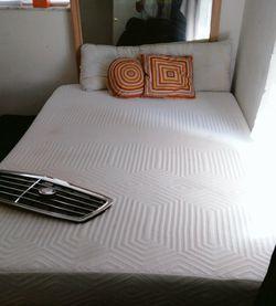 Tempurpedic Bed Foam Memory for Sale in Miami,  FL
