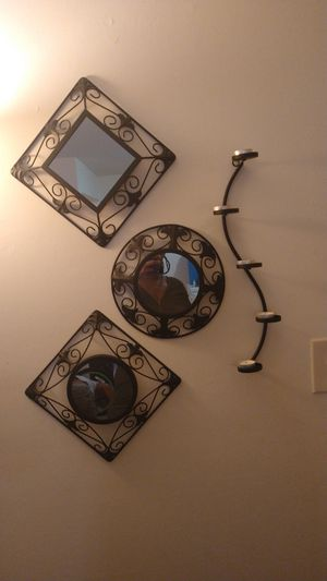 Wall mirrors for Sale in Newport News, VA