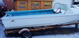 Mid Fifties Duratec 14ft aluminum boat for Sale in Bridgeport, CT
