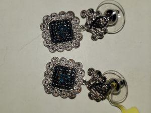 NWT- Blue white Diamond Earrings for Sale in Long Beach, CA