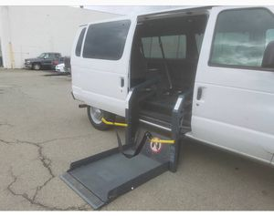 2004 FORD E-350 PASSENGER PARATRANSIT VAN for Sale in Oakland, CA