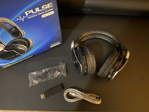 Sony Pulse Elite Wireless Headset for PS4 PS3 Vita for Sale in Bothell, WA