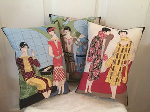 Flapper Girls Set of 3 Home Decor Pillows for Sale in Lakebay, WA