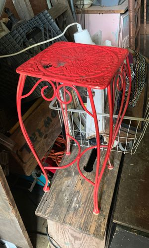 Small plant stand for Sale in San Antonio, TX