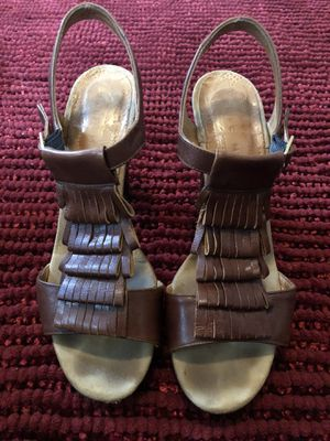 Chie Mihara brown leather fringe heels women's size 39.5 for Sale in Swansea, IL