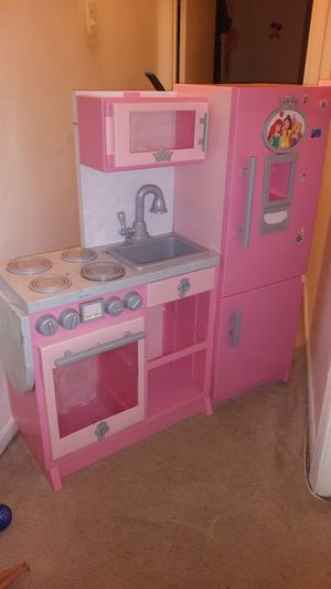 Disney Princess Kitchen for Sale in Calverton, MD