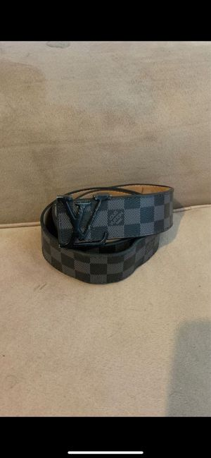 Louis Vuitton belt for Sale in Bedford Heights, OH