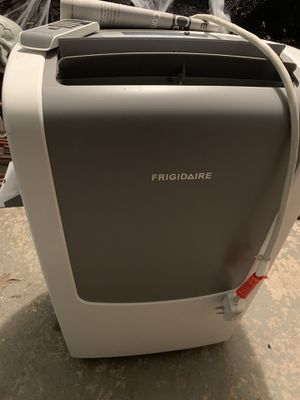Frigidaire 9,000 BTU Portable Air Conditioner for Sale in Pittsburgh, PA