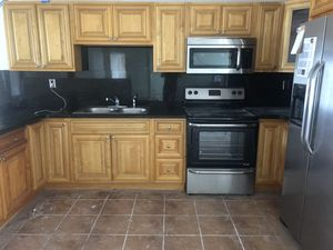 All wood used kitchen cabinets and marble NO APPLIANCES for Sale in Hialeah, FL