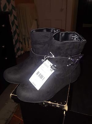 Little girl boots for Sale in Springfield, MA