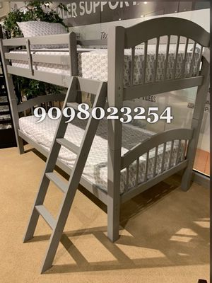 TWIN/TWIN BUNK BEDS W MATTRESSES INCLUDE D for Sale in Victorville, CA